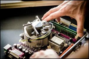 tech-studio-maintaining-computers